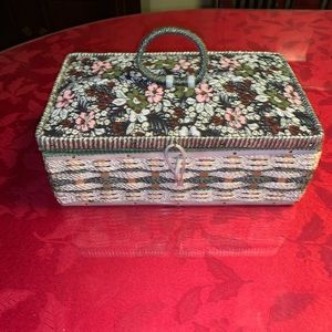 Vintage Sewing Box Stamped Made in Korea 8203/1